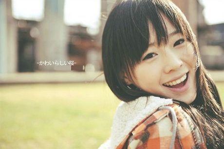 拥有可爱笑容的女生好看的图片:为你留的感情来对你