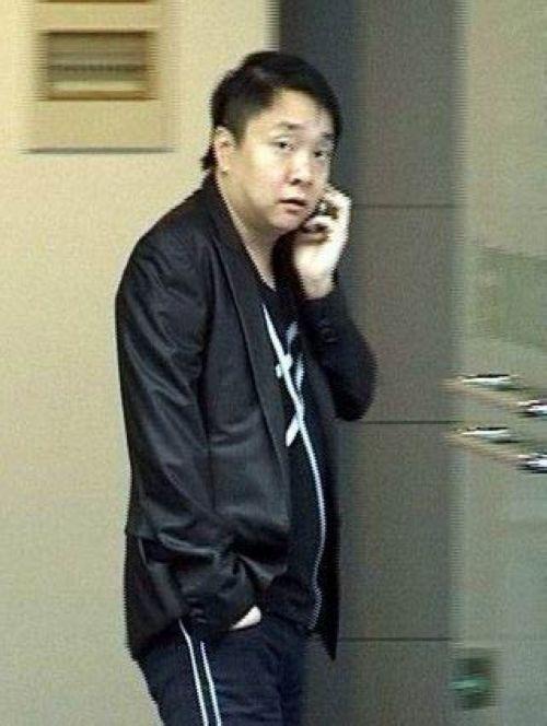 热点图片:黄奕前夫姜凯的照片集_霍思燕称其肥胖油头