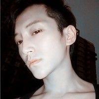 潮人精选男生头像-让我对你 从头说爱 www.maixiou.com