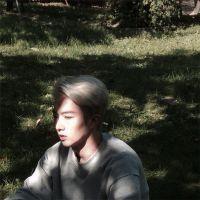 好看的qq头像男,都分开了 你还计较着什么 www.maixiou.com