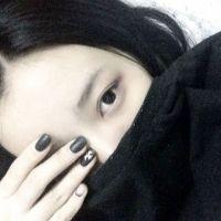你说不会走可你牵着她的手。 www.maixiou.com